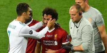 اكتشفوا ما قاله مشاهير الكرة العالميين لـمحمد صلاح بعد الإصابة .. وراموس أول المتضامنين
