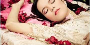 """قصة """" الأميرة النائمة """" واقعية وموجودة في الواقع .. إليكم الدليل"""